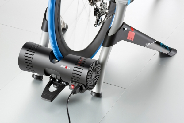 Tacx Genius IRONMAN® VR-Trainer Bluetooth Smart & ANT+ inkl. UpgradeSmart